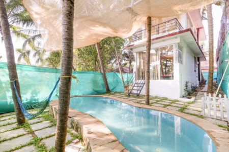 Bliss Villa in Saligao with private swimming pool in North Goa